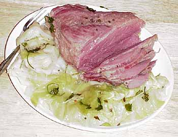 montefin's Point Cut Corned Beef & Cabbage